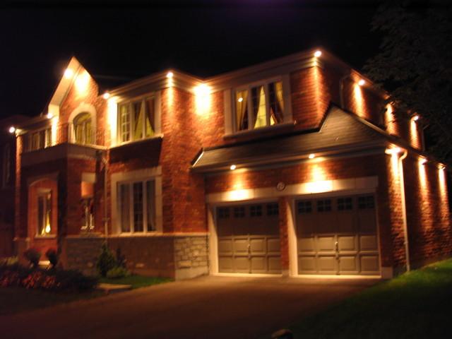 Review of java electric ltd lighting in ajax homestars for Pot light installation