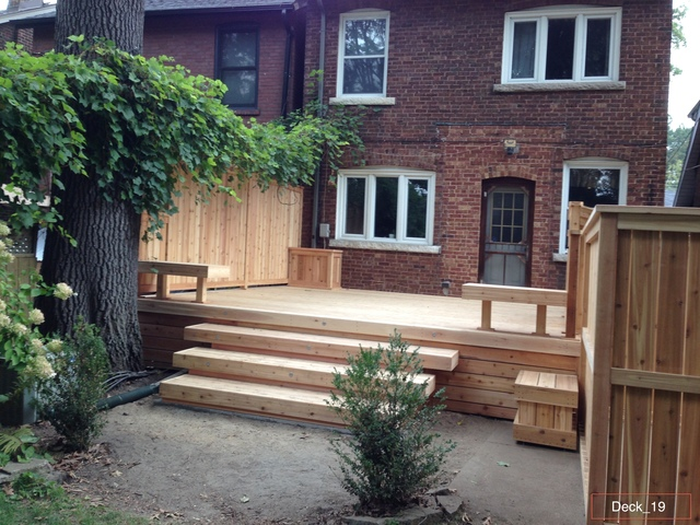 Back Yard Decks and fence Companies.jpg