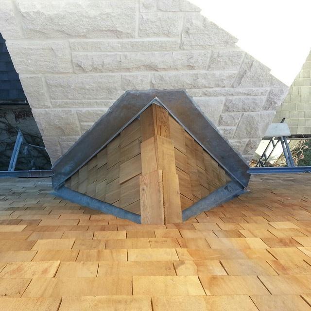 Cedar Shingle Chimney : M r roofing in toronto homestars