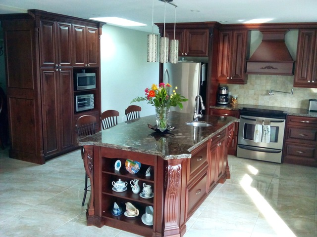 Kitchen Cabinets And Pantry