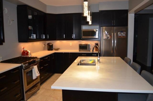Raywal Custom Kitchen Cabinets