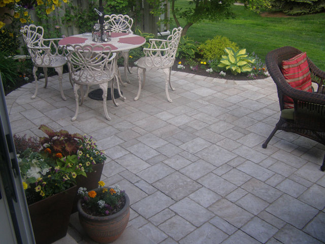Backyard Landscaping Oakville : Ashlar landscapes homestars