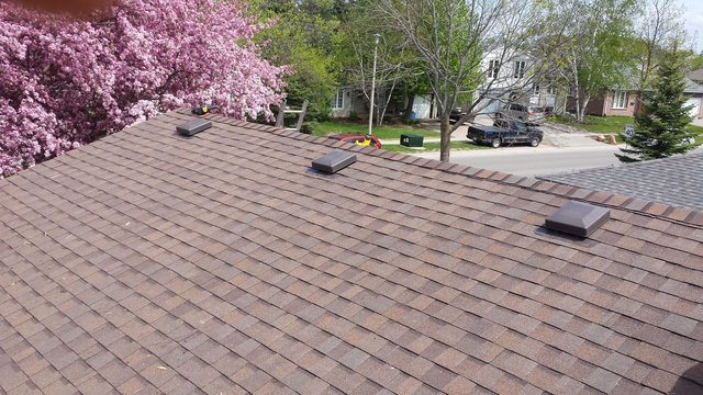 Twinpeaks Roofing And Aluminum Inc Images In Oakville