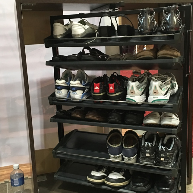 Kitchen Shelves Toronto: Custom Slideout Shelving Inc