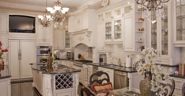 Royal classic kitchens in richmond hill homestars for Classic kitchen cabinets inc