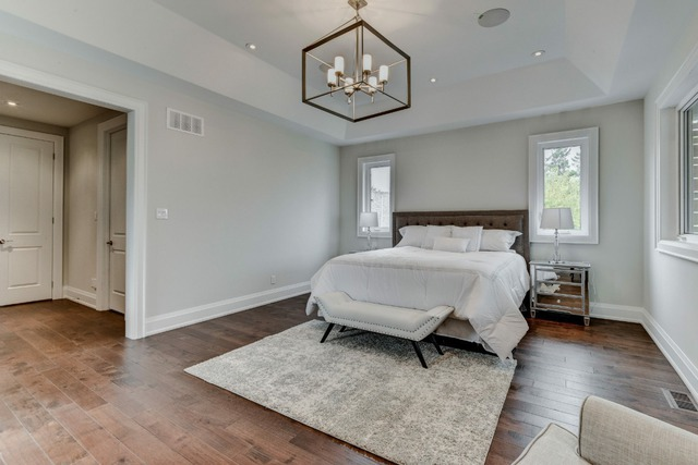 Review of stagers choice home staging in ajax homestars for Cort furniture reviews