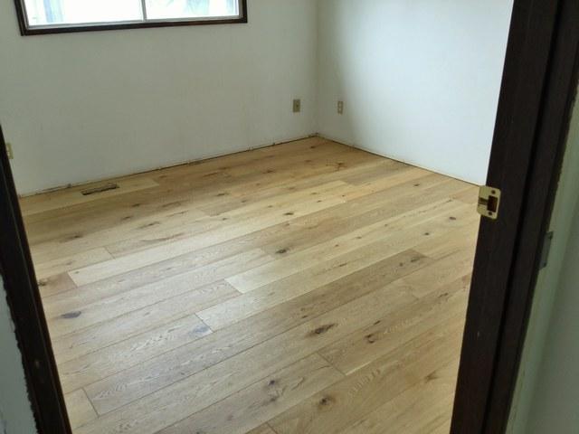 Hardwood flooring installation jobs edmonton floor matttroy for Hardwood floors edmonton