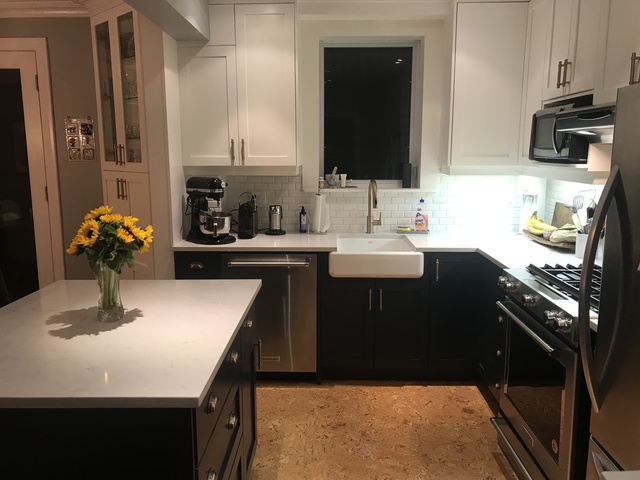 Review of booth7 kitchen bathroom cabinets design for Kitchen design jobs toronto