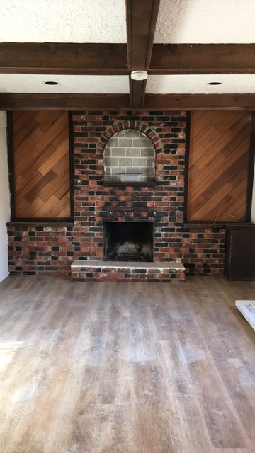 Review of diverse flooring floor laying refinishing in for Flooring maple ridge