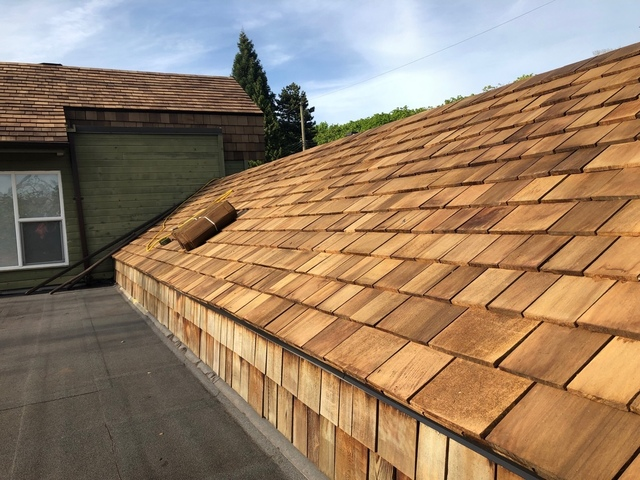 M Amp B Roofing Roofing In Langely Homestars
