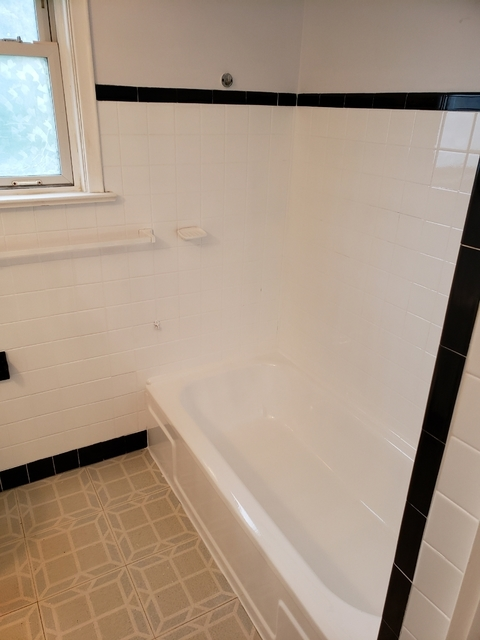 Superior Refinishing | Bathroom Renovation in Woodbridge | HomeStars